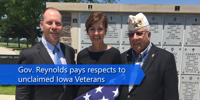 reynolds pays respects to veterans